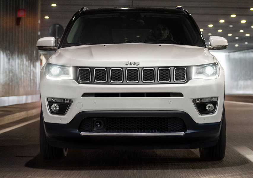 Jeep Compass 1.4 MultiAir 2WD Limited (3)