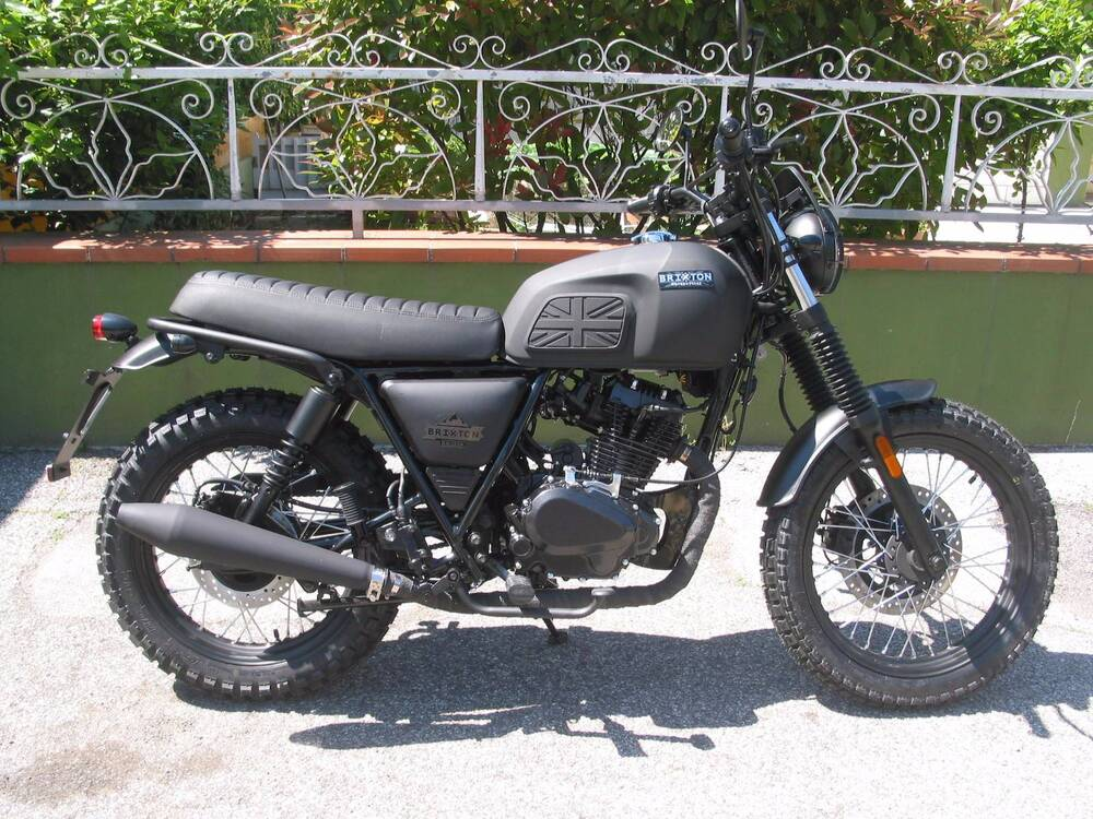vendo brixton motorcycles bx 125 scrambler efi 2017 18 nuova a rimini codice 6795340. Black Bedroom Furniture Sets. Home Design Ideas