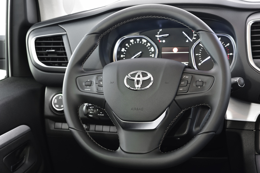 Toyota Proace (2017->>) (2)