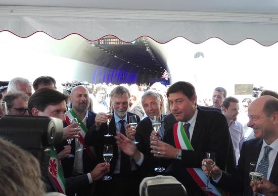 """Autostrade in festa: inaugurato il """"passante del Galluzzo"""""""