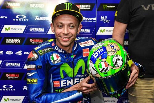 Il casco speciale di Rossi: C'è solo un capitano