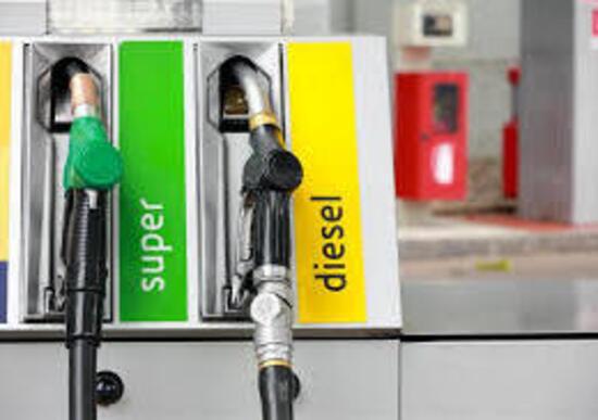 Benzina nel diesel e viceversa, cosa succede?