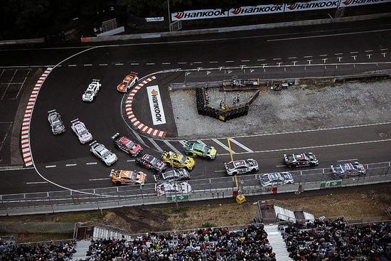 Le spettacolari auto del DTM in gara