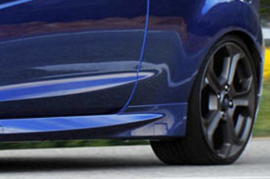 fiat punto seconda serie html with Ford Fiesta Rs Ecco Il Rendering La Vogliamo Cos on Renault Twingo Tce 90 Energy Prova Su Strada also 2 Fanali Posteriori A Fondo Cromato Fiat Punto Seconda Serie 3porte as well Smontaggio Pannello Portiera Golf 5 likewise Porsche Nuova 911 Gt3 Rs 2018 Nuove Immagini also 247 Capote Cappotta Fiat Punto In Tela Pvc.