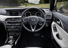 Infiniti Q30: interni in salsa Mercedes