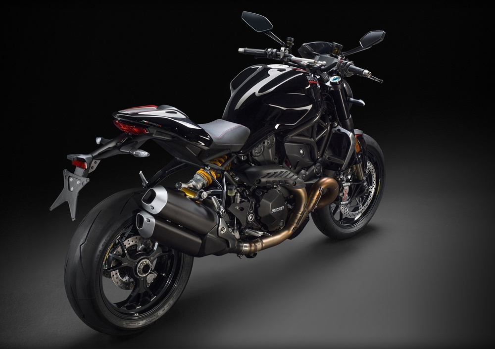 Ducati Monster 1200 R (2016 - 19) (5)