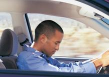 Colpo di sonno al volante? La tecnologia ci salverà dagli incidenti