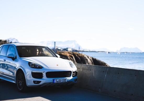 In Svizzera si fermano le immatricolazioni Porsche Cayenne diesel