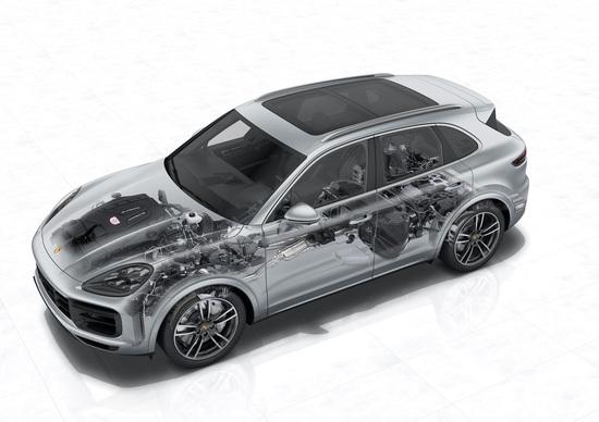 Porsche Cayenne, 3^ generazione: tecnologia nuova sotto il vestito, Parte 1 - Elettronica
