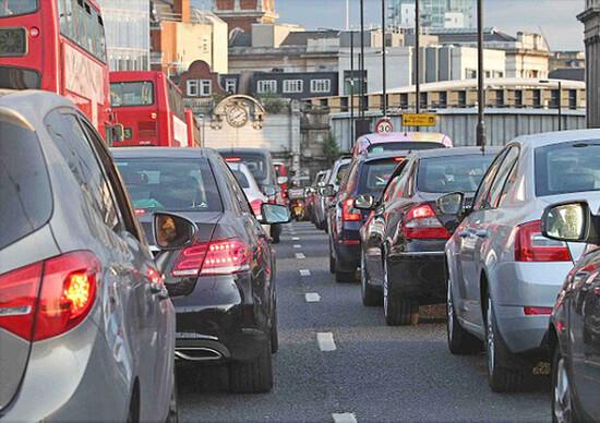 UE: auto Diesel in declino. La rimonta delle benzina