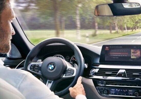 BMW e Mini con Alexa a bordo