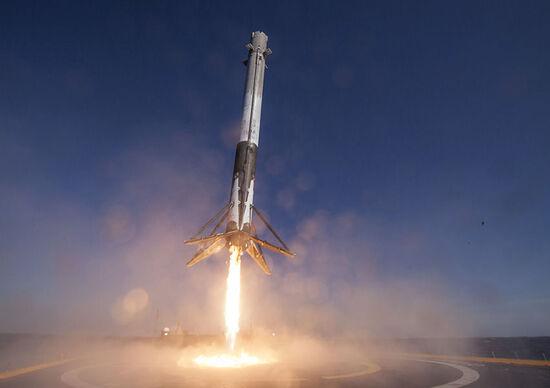 Aereo? No, razzo. I viaggi del futuro secondo Elon Musk [Video]