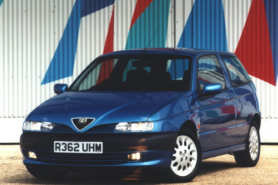 Alfa Romeo 145 (1994-01) (4)