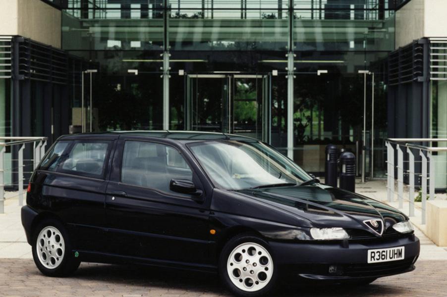 Alfa Romeo 145 (1994-01) (5)