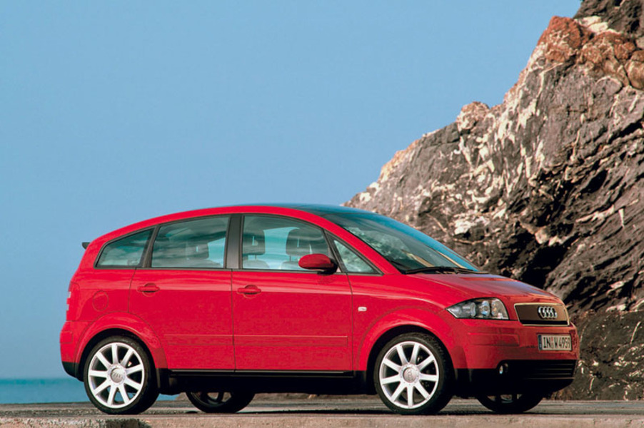 Audi A2 1.6 16V FSI Comfort (2)