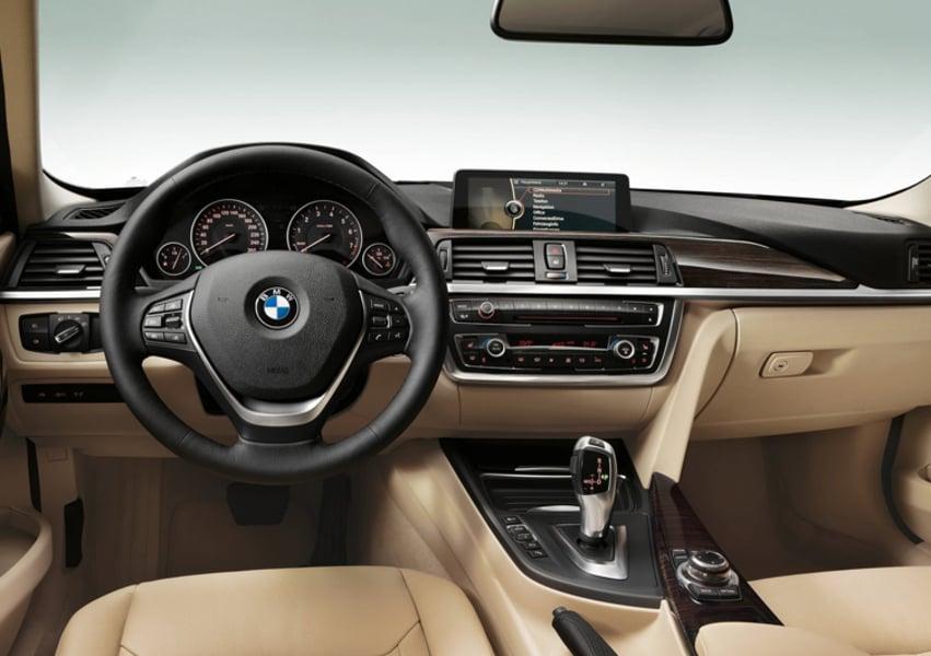 BMW Serie 3 318i Msport (4)