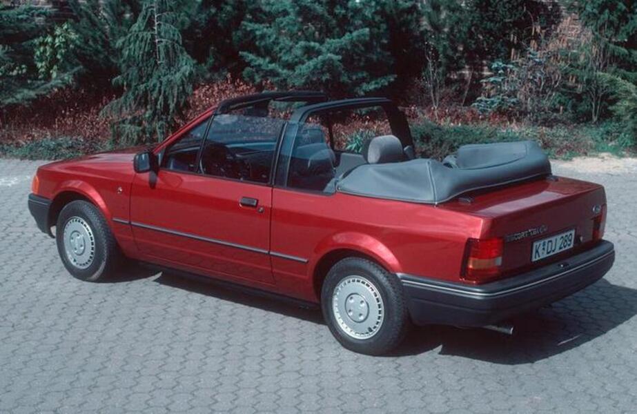 listino ford escort cabrio 1986 90 usate. Black Bedroom Furniture Sets. Home Design Ideas