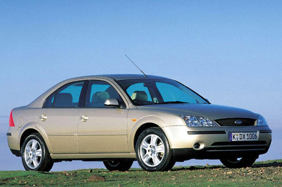 Ford Mondeo 2.5i V6 cat 4p. Ghia (2)