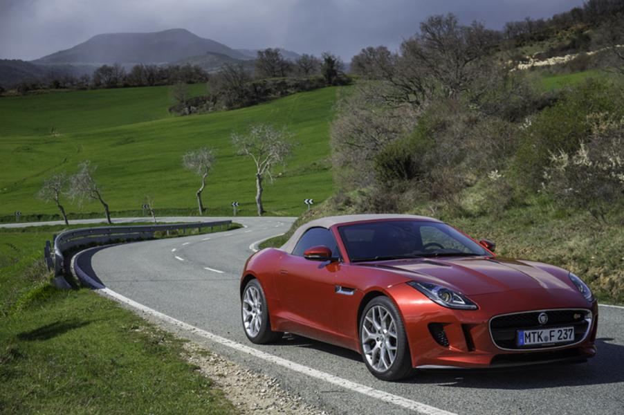 Jaguar F-Type (2013->>) (2)