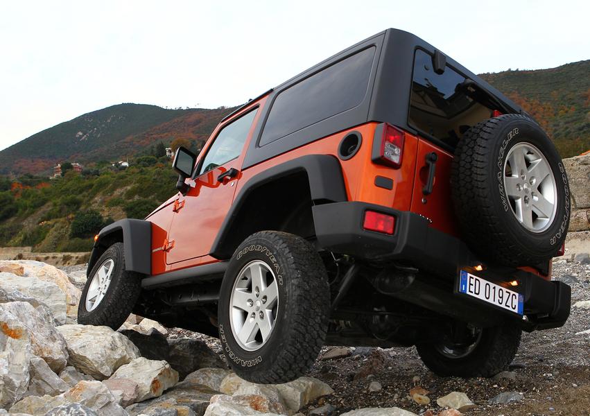 Jeep Wrangler 2.8 CRD Sport Auto (5)
