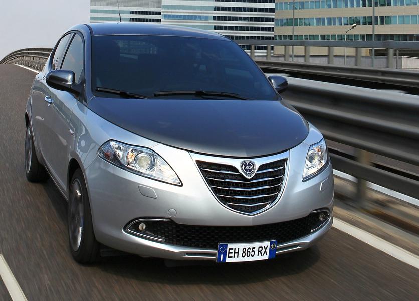 Lancia Ypsilon (2011->>) (5)