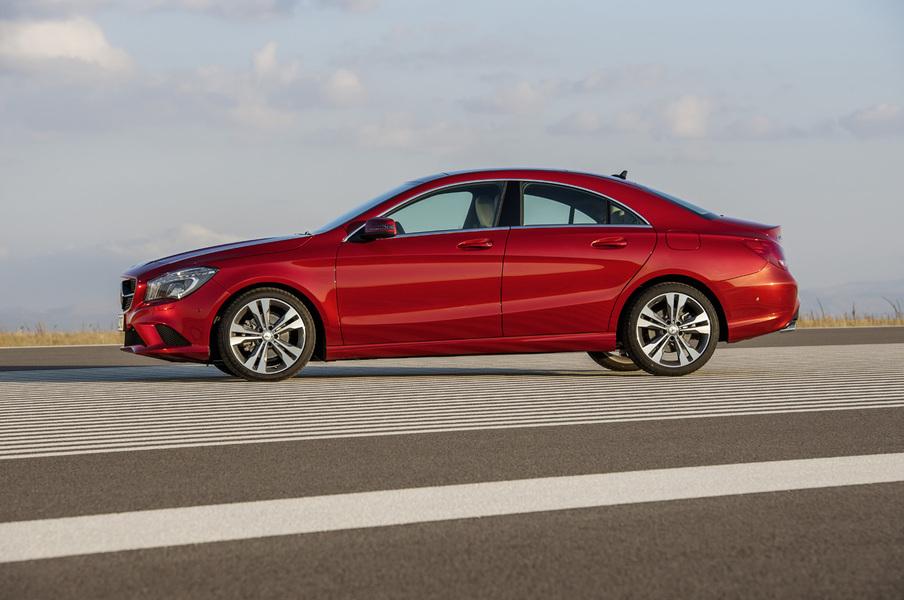 Mercedes-Benz Classe CLA (2013->>) (4)