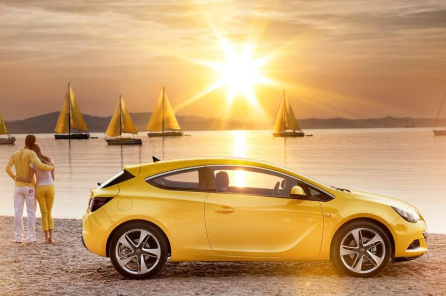 Opel Astra GTC (3)
