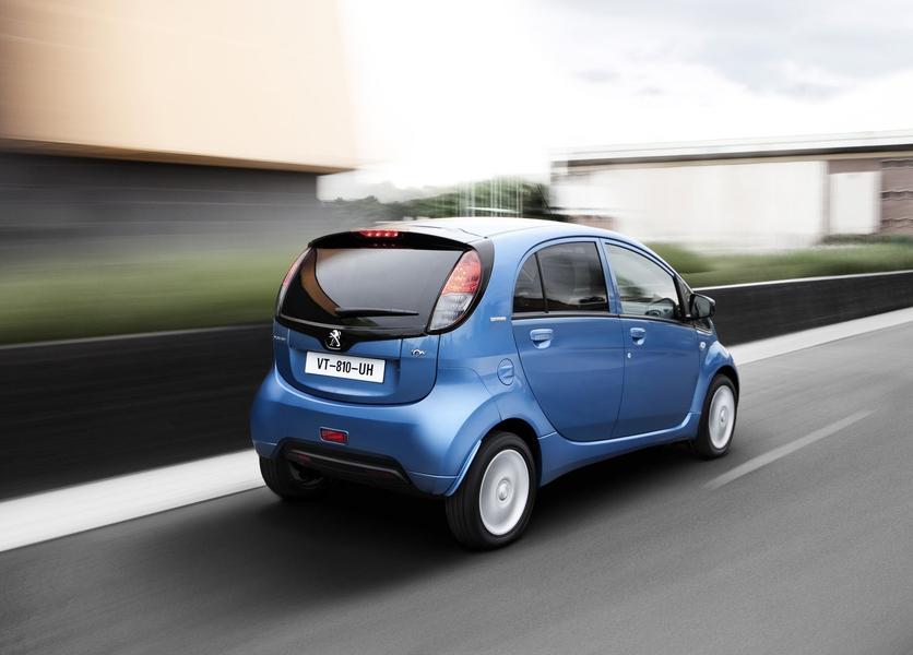 Peugeot iOn (3)