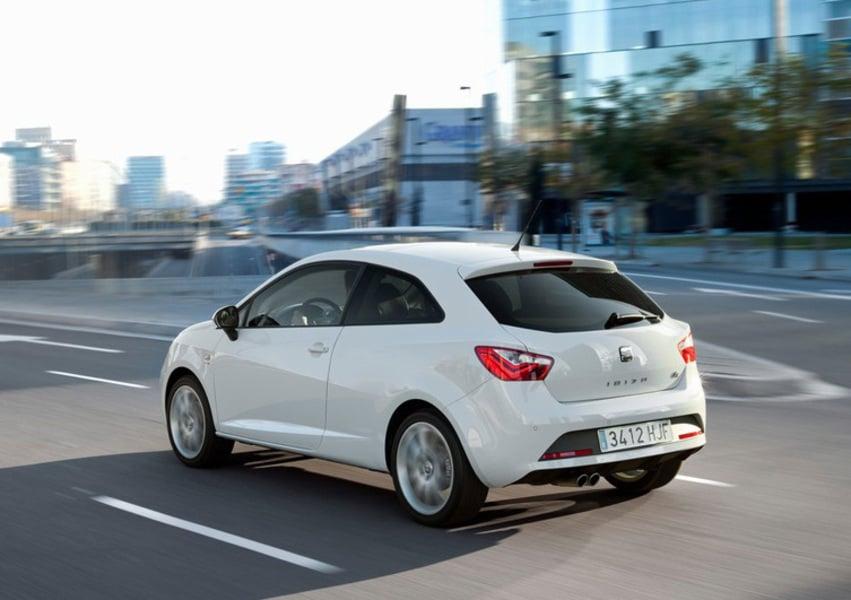 SEAT Ibiza SC 1.4 3 porte Style (4)