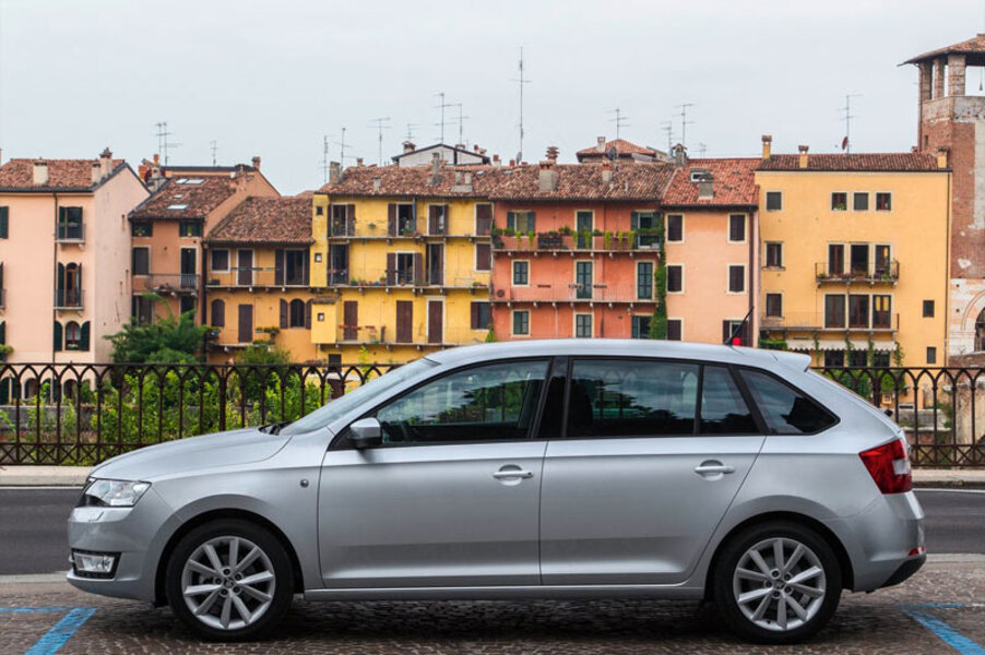 Skoda Rapid Spaceback (5)
