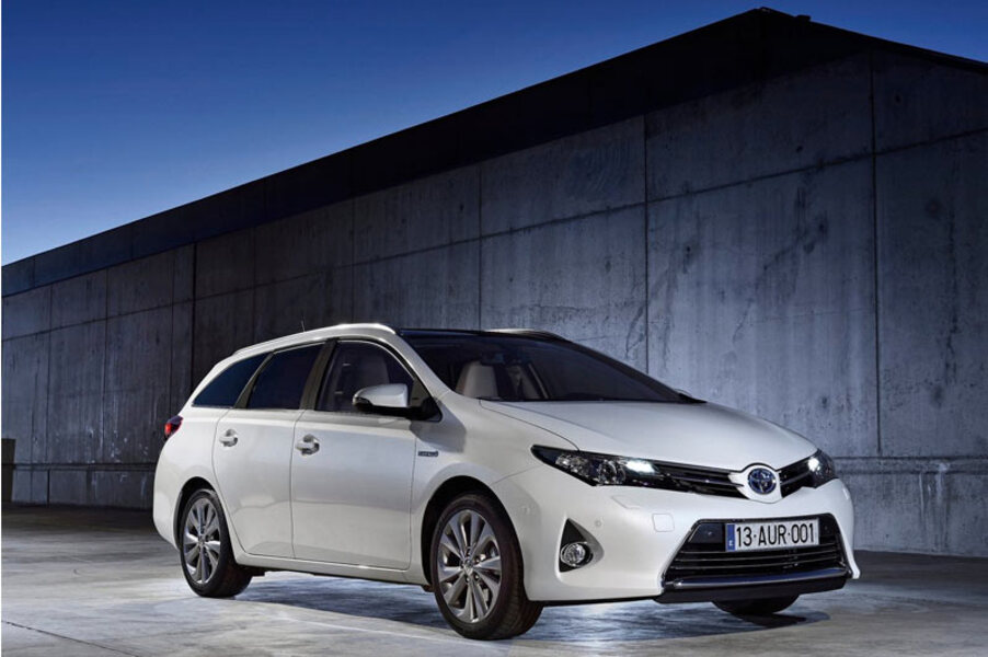 Toyota Auris Station Wagon (2013->>) (3)