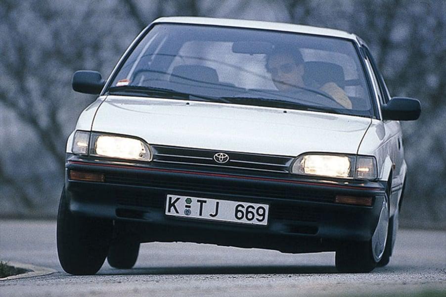 Toyota Corolla (1988-92) (3)