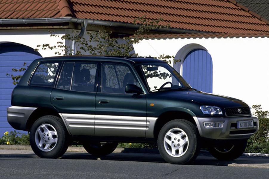 Toyota RAV4 (1994-00) (3)