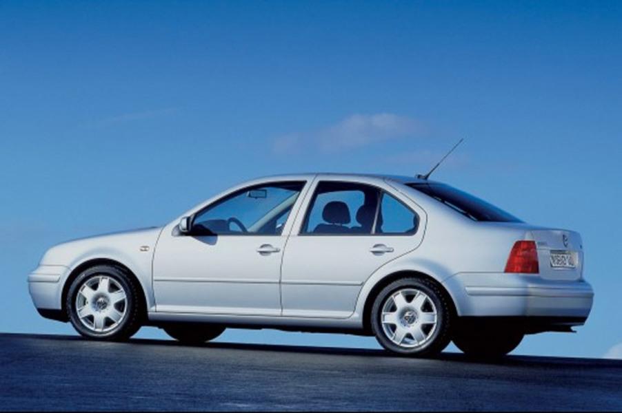 Volkswagen Bora (1999-06) (3)