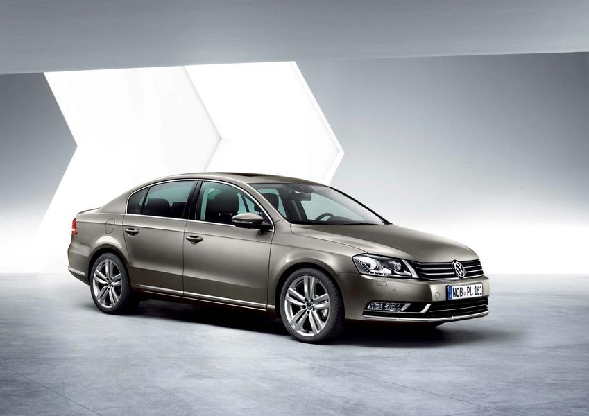Volkswagen Passat (2010-14) (3)