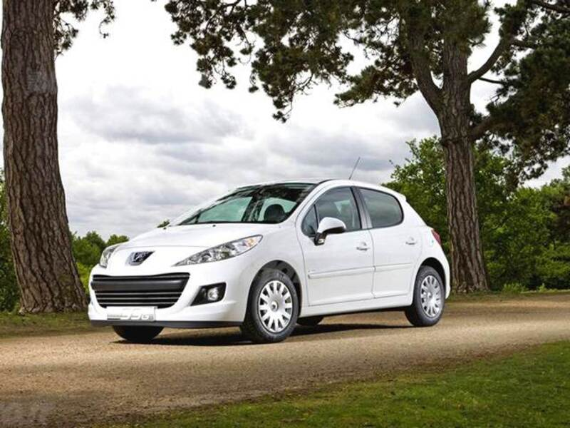 Peugeot 207 8V 75CV 5p. X Line