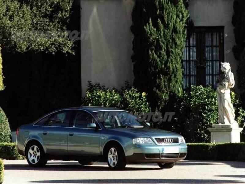 Audi A6 2.4 V6 cat quattro Advance