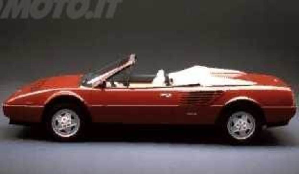 ferrari mondial spider 3 4 t cabriolet 03 1989 03 1990. Black Bedroom Furniture Sets. Home Design Ideas