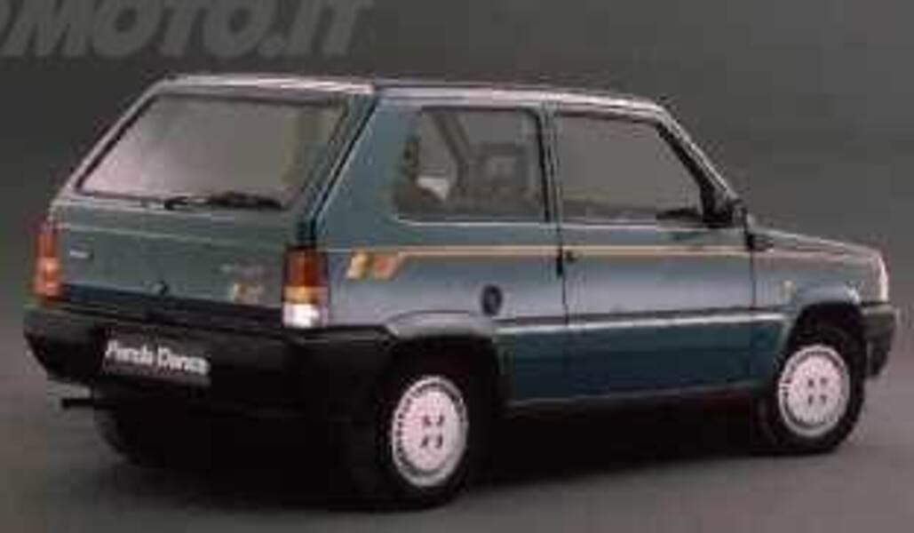 Fiat Panda 900 i.e. cat Dance