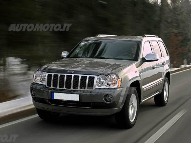 Schemi Elettrici Jeep Grand Cherokee : Jeep grand cherokee srt il modello hdmotori