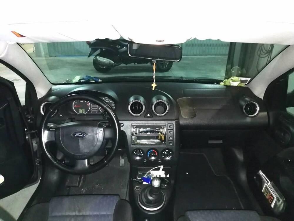 Ford Fiesta 1.6 TDCi 3p. S del 2005 usata a Imperia (2)