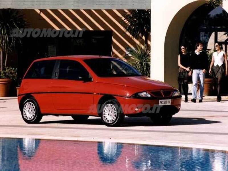 Lancia y cat elefantino blu 04 1997 10 1998 prezzo e scheda tecnica - Lancia y diva scheda tecnica ...