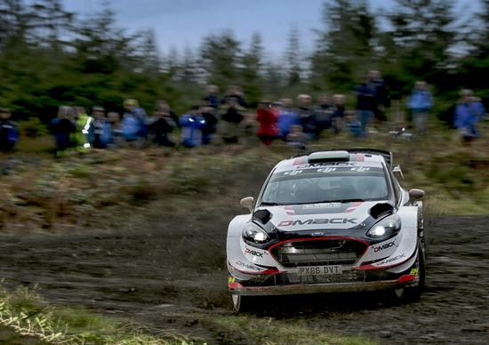 WRC17 Wales GB. L'incantesimo è rotto, Evans in testa!