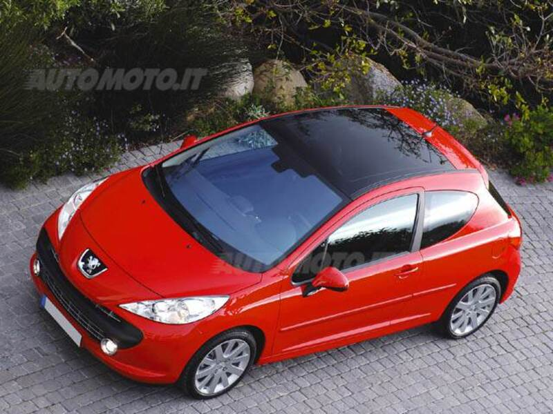 Peugeot 207 HDi 90CV 3p. ONE Line