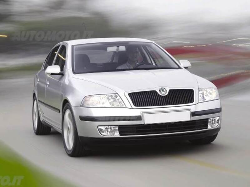 Skoda Octavia 1.6 16V FSI aut. Elegance