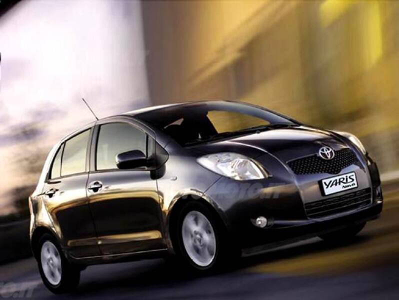 Toyota Yaris 1.3 5 porte M-MT Navi