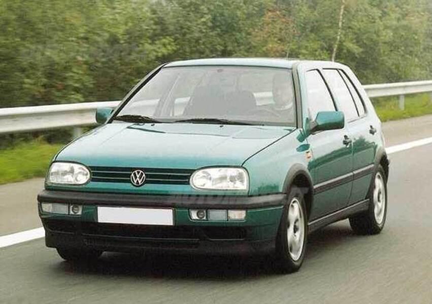 Volkswagen Golf 1.4 cat 5 porte