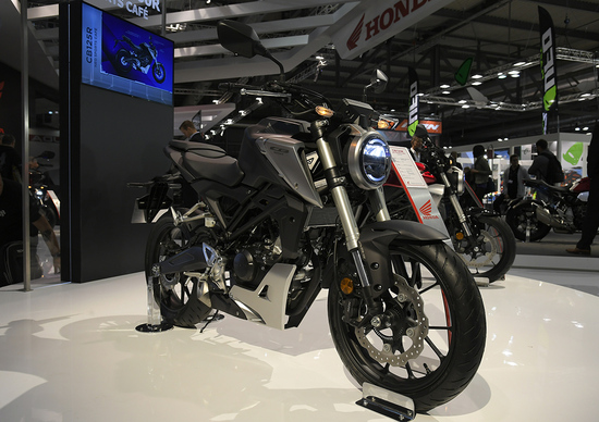 EICMA 2017: Honda CB125R, foto, video e dati