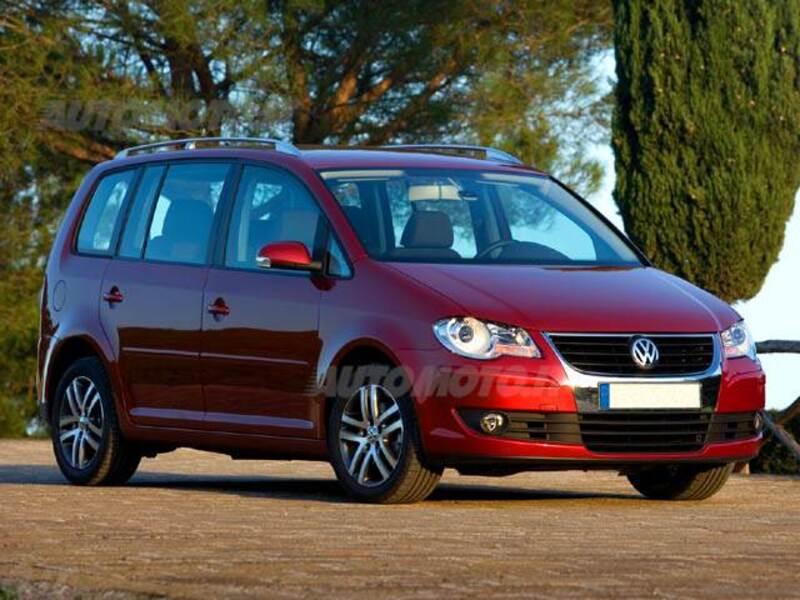 Volkswagen Touran TDI 105CV DSG Trendline