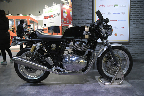 EICMA 2017. Royal Enfield Interceptor INT 650 - Continental GT 650 (2)